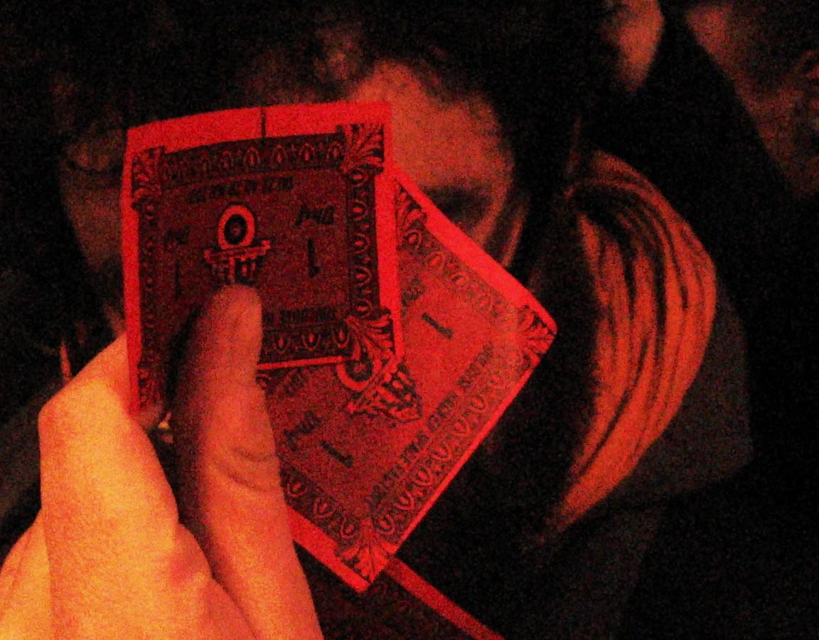 http://la.buvette.org/photos/mixart/monnaie-de-singe.jpg