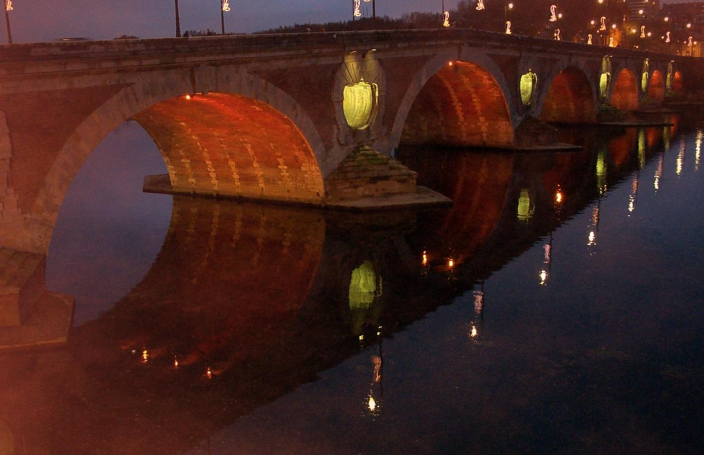 http://la.buvette.org/photos/pont_neuf_a_noel.jpg