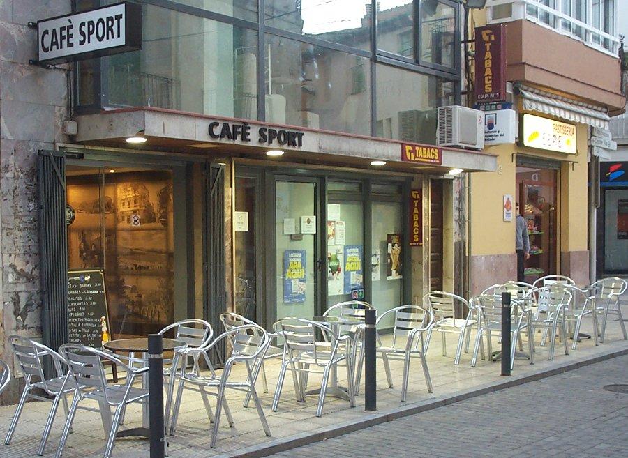 Cafe Sport : 2 orangina, 1 cervesa : 4 euros